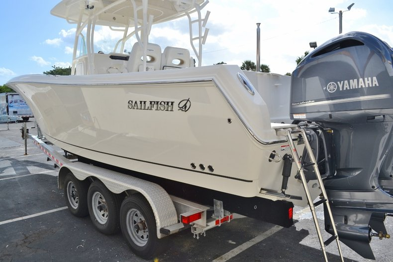 Thumbnail 4 for New 2016 Sailfish 290 CC Center Console boat for sale in West Palm Beach, FL