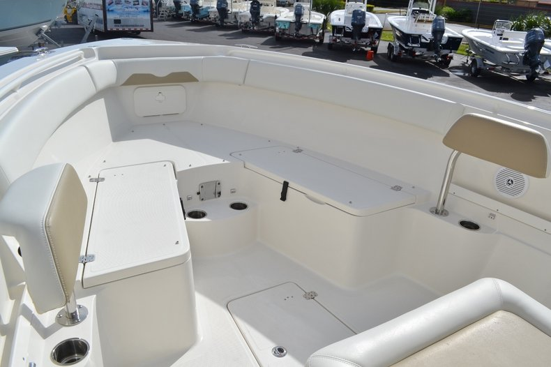 Thumbnail 13 for New 2016 Sailfish 290 CC Center Console boat for sale in West Palm Beach, FL