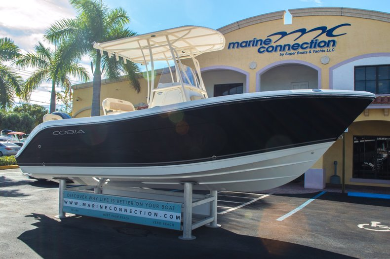 Thumbnail 1 for New 2016 Cobia 217 Center Console boat for sale in West Palm Beach, FL