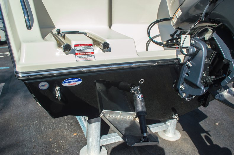 Thumbnail 10 for New 2016 Cobia 217 Center Console boat for sale in West Palm Beach, FL