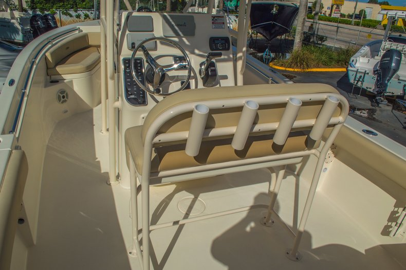 Thumbnail 14 for New 2016 Cobia 217 Center Console boat for sale in West Palm Beach, FL