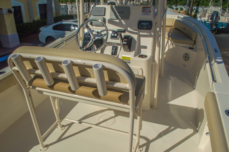 Thumbnail 16 for New 2016 Cobia 217 Center Console boat for sale in West Palm Beach, FL