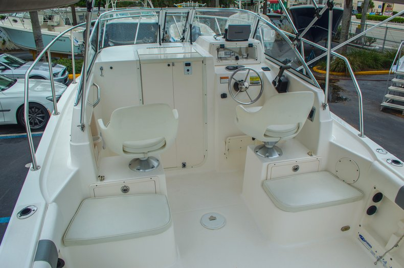 Thumbnail 16 for Used 2004 Cobia 210 WAC Walkaround boat for sale in West Palm Beach, FL