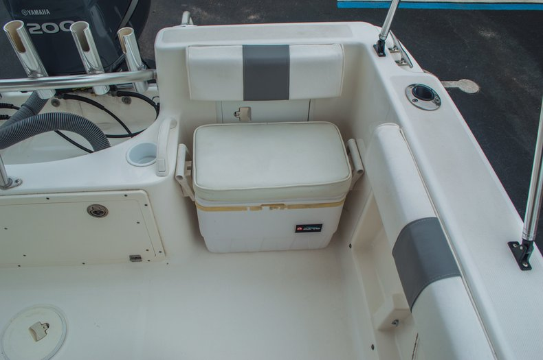 Thumbnail 23 for Used 2004 Cobia 210 WAC Walkaround boat for sale in West Palm Beach, FL