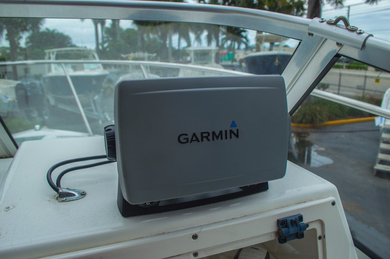 Thumbnail 37 for Used 2004 Cobia 210 WAC Walkaround boat for sale in West Palm Beach, FL