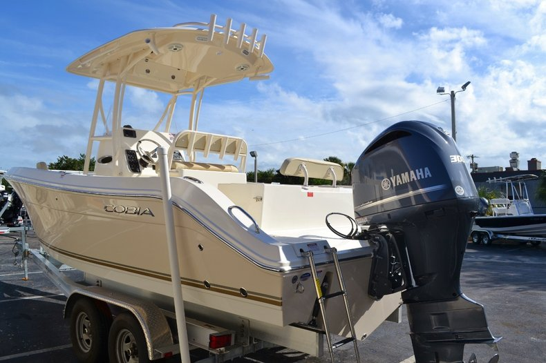 Thumbnail 4 for New 2016 Cobia 237 Center Console boat for sale in West Palm Beach, FL