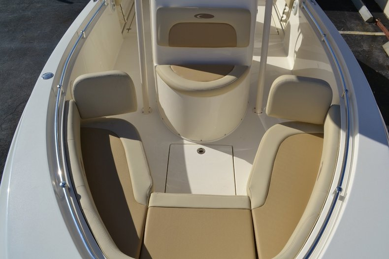 Thumbnail 18 for New 2016 Cobia 237 Center Console boat for sale in West Palm Beach, FL