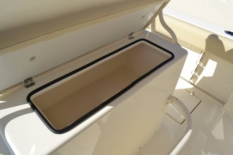 Thumbnail 21 for New 2016 Cobia 237 Center Console boat for sale in West Palm Beach, FL