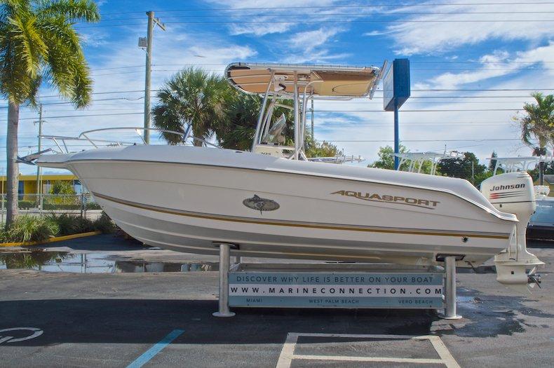 Thumbnail 5 for Used 2003 Aquasport 205 Osprey CC boat for sale in West Palm Beach, FL