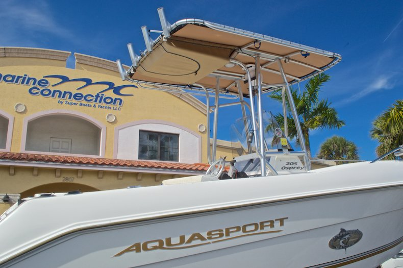 Thumbnail 9 for Used 2003 Aquasport 205 Osprey CC boat for sale in West Palm Beach, FL