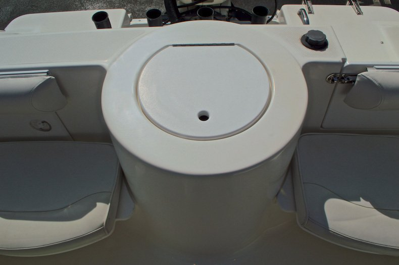 Thumbnail 21 for Used 2003 Aquasport 205 Osprey CC boat for sale in West Palm Beach, FL