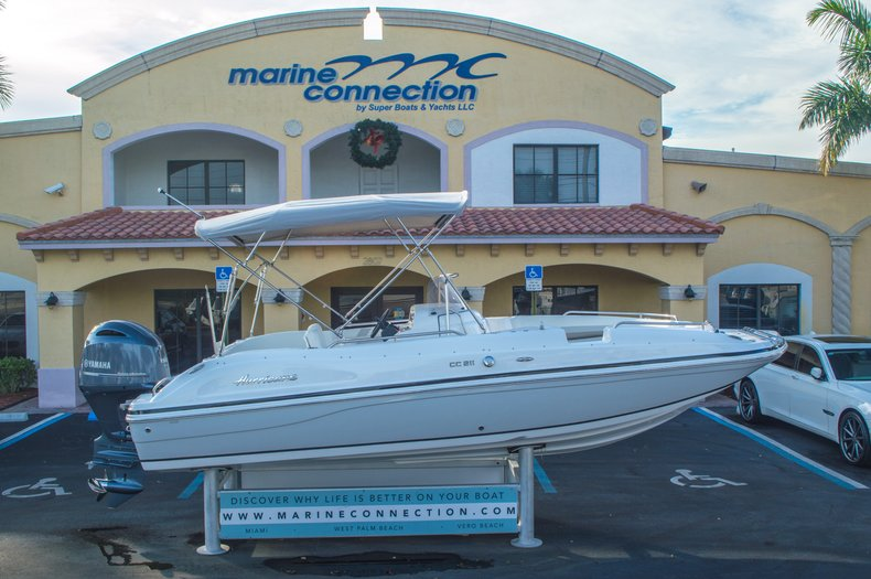 Thumbnail 0 for New 2016 Hurricane CC211 Center Consle boat for sale in West Palm Beach, FL