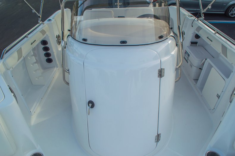 Thumbnail 42 for New 2016 Hurricane CC211 Center Consle boat for sale in West Palm Beach, FL