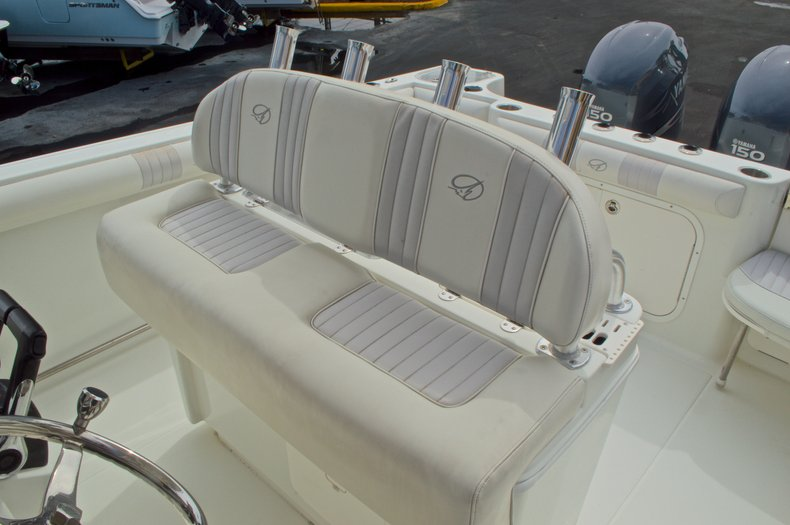 Thumbnail 26 for Used 2008 Sailfish 2660 CC Center Console boat for sale in West Palm Beach, FL