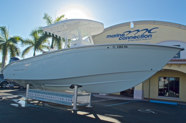 Thumbnail 1 for Used 2015 Cape Horn 27XS boat for sale in West Palm Beach, FL