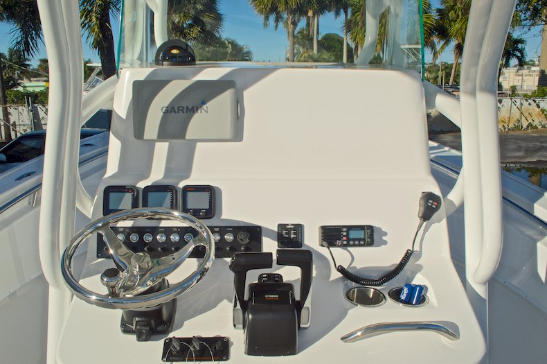 Thumbnail 48 for Used 2015 Cape Horn 27XS boat for sale in West Palm Beach, FL