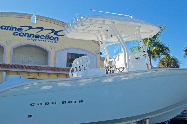 Thumbnail 10 for Used 2015 Cape Horn 27XS boat for sale in West Palm Beach, FL