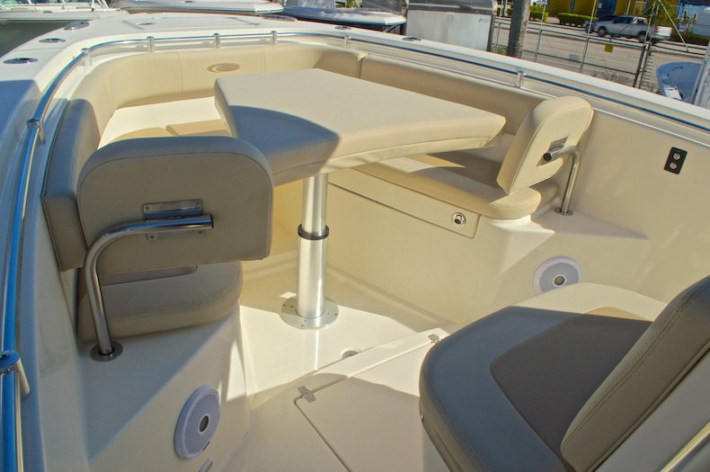 Thumbnail 37 for New 2016 Cobia 277 Center Console boat for sale in West Palm Beach, FL