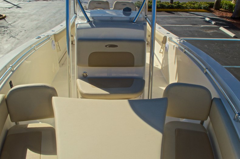 Thumbnail 42 for New 2016 Cobia 277 Center Console boat for sale in West Palm Beach, FL