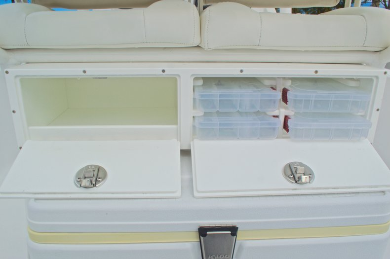 Thumbnail 25 for New 2015 Sportsman Masters 247 Bay Boat boat for sale in West Palm Beach, FL