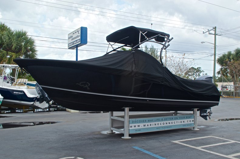 Thumbnail 16 for Used 2013 Sea Hunt Escape 234 DC boat for sale in West Palm Beach, FL
