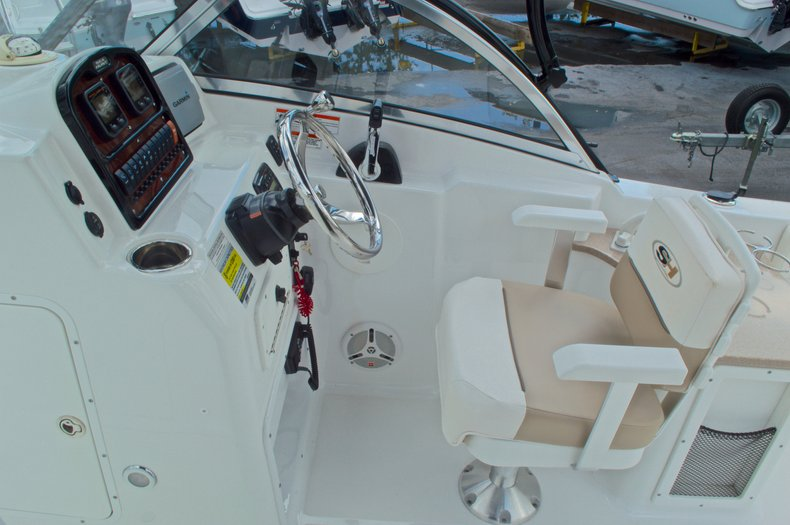Thumbnail 45 for Used 2013 Sea Hunt Escape 234 DC boat for sale in West Palm Beach, FL