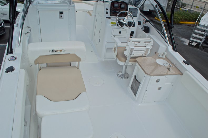 Thumbnail 23 for Used 2013 Sea Hunt Escape 234 DC boat for sale in West Palm Beach, FL