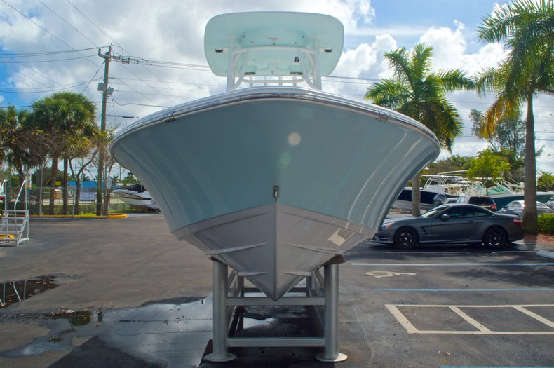 Thumbnail 2 for New 2014 Sportsman Masters 247 Bay Boat boat for sale in West Palm Beach, FL