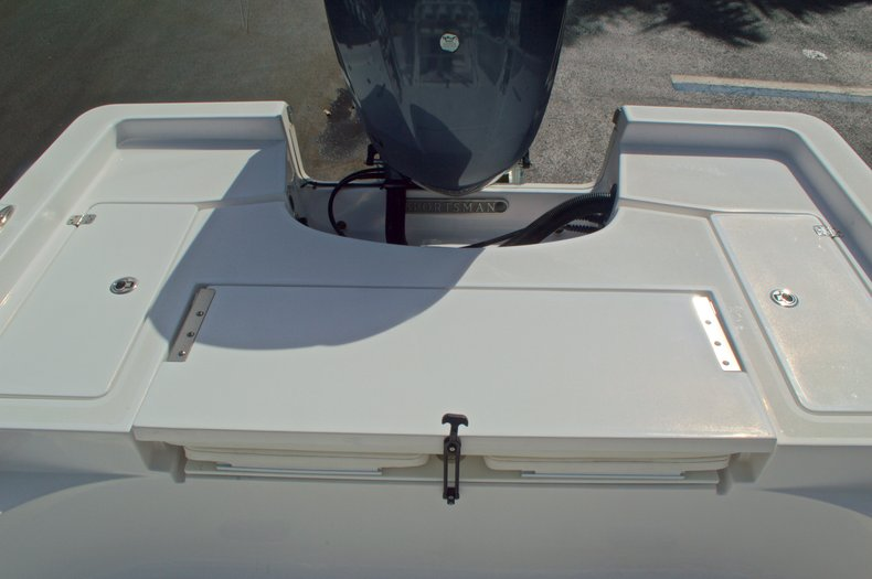 Thumbnail 14 for New 2014 Sportsman Masters 247 Bay Boat boat for sale in West Palm Beach, FL
