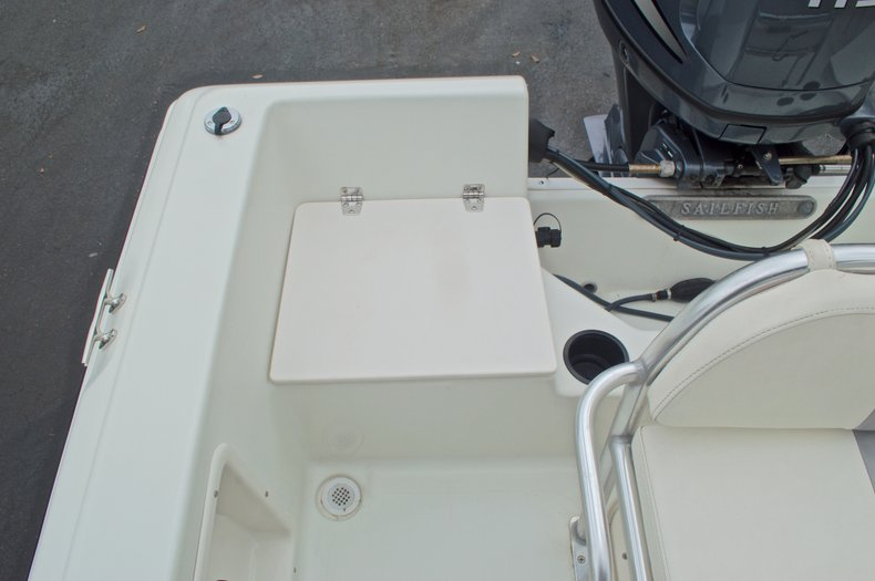 Thumbnail 15 for Used 2007 Sailfish 198 Center Console boat for sale in West Palm Beach, FL