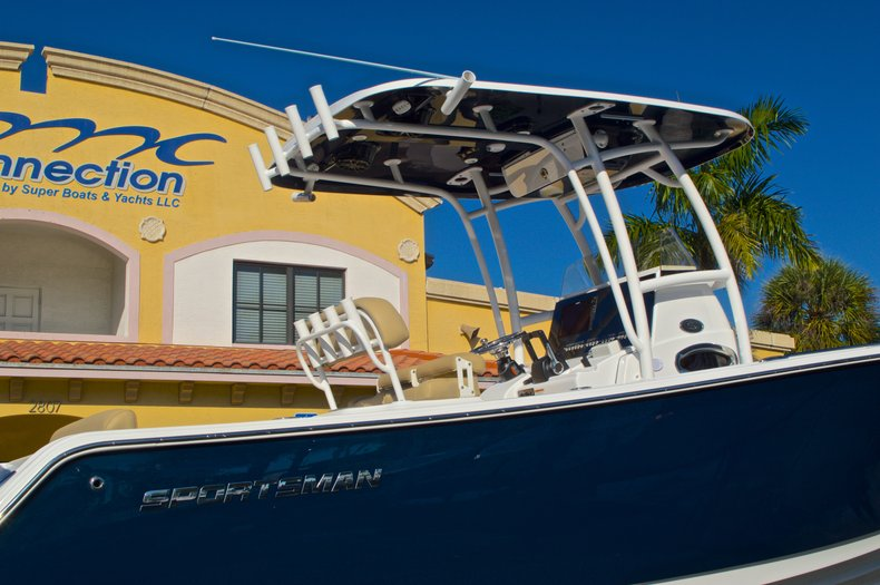 Thumbnail 26 for New 2016 Sportsman Heritage 251 Center Console boat for sale in West Palm Beach, FL