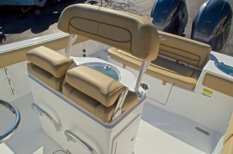 Thumbnail 29 for New 2016 Sportsman Heritage 251 Center Console boat for sale in West Palm Beach, FL