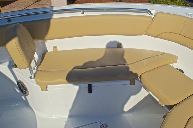 Thumbnail 55 for New 2016 Sportsman Heritage 251 Center Console boat for sale in West Palm Beach, FL