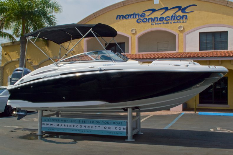 Thumbnail 1 for New 2016 Hurricane SunDeck SD 2200 OB boat for sale in West Palm Beach, FL