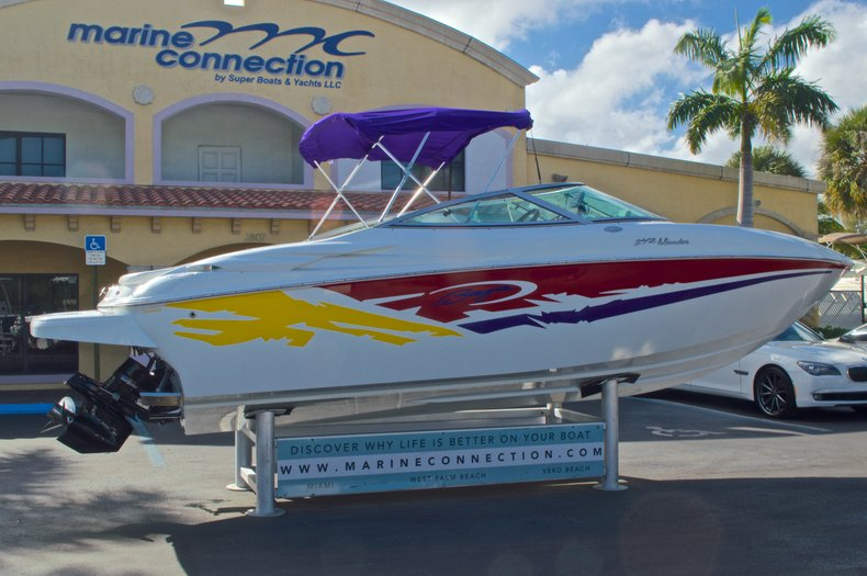 Thumbnail 9 for Used 2003 Baja 242 Islander boat for sale in West Palm Beach, FL