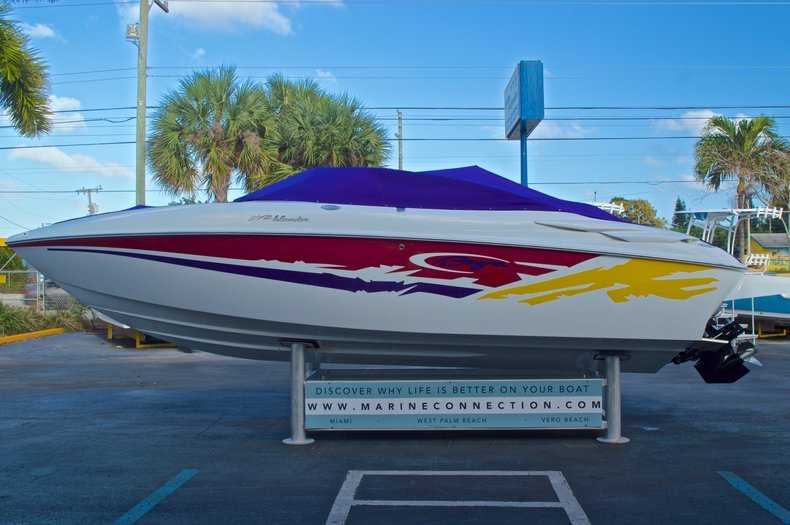 Thumbnail 14 for Used 2003 Baja 242 Islander boat for sale in West Palm Beach, FL