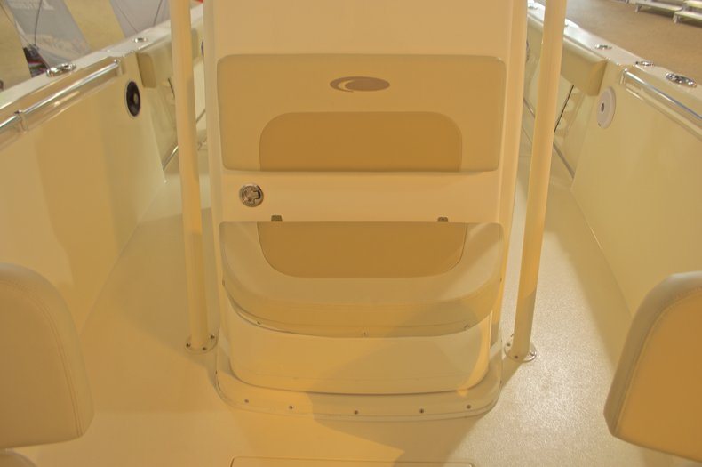 Thumbnail 21 for New 2016 Cobia 261 Center Console boat for sale in West Palm Beach, FL