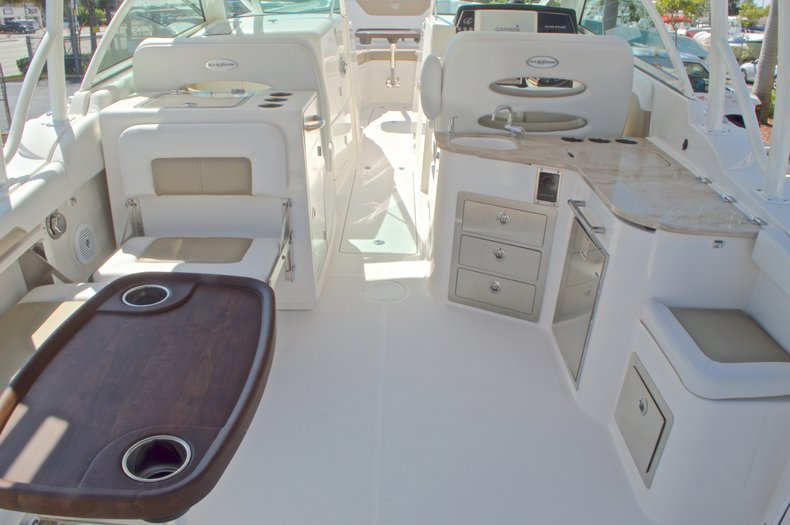 Thumbnail 11 for New 2016 Sailfish 325 Dual Console boat for sale in West Palm Beach, FL