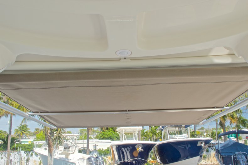 Thumbnail 31 for New 2016 Sailfish 325 Dual Console boat for sale in West Palm Beach, FL