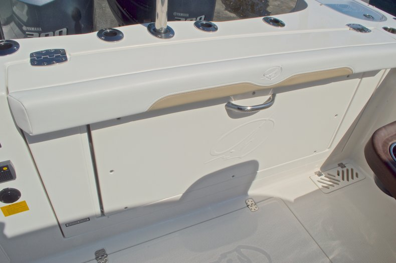 Thumbnail 24 for New 2016 Sailfish 325 Dual Console boat for sale in West Palm Beach, FL