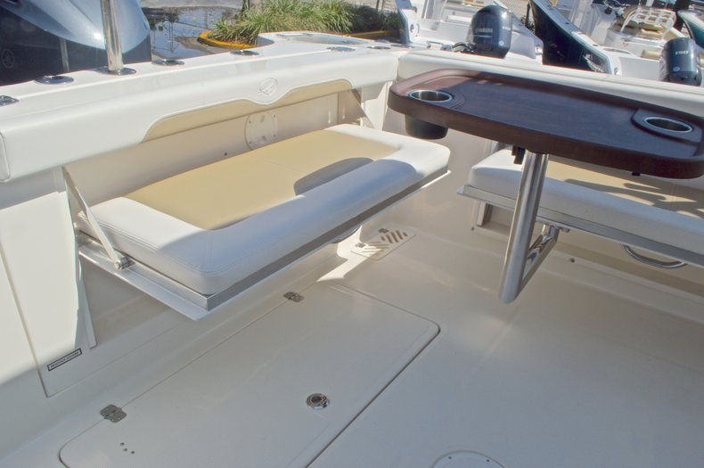 Thumbnail 26 for New 2016 Sailfish 325 Dual Console boat for sale in West Palm Beach, FL