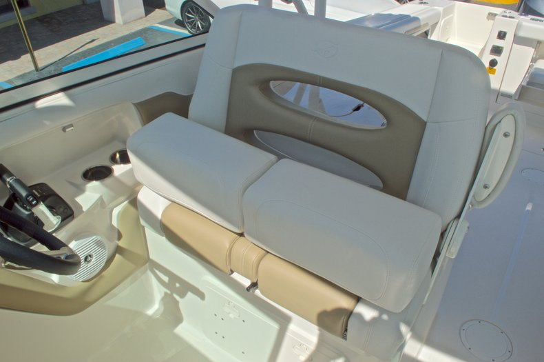Thumbnail 55 for New 2016 Sailfish 325 Dual Console boat for sale in West Palm Beach, FL