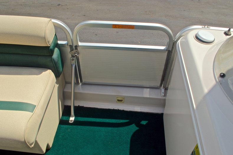 Thumbnail 26 for Used 1997 Hurricane Fun Deck 196LC boat for sale in West Palm Beach, FL