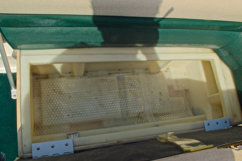 Thumbnail 29 for Used 1997 Hurricane Fun Deck 196LC boat for sale in West Palm Beach, FL