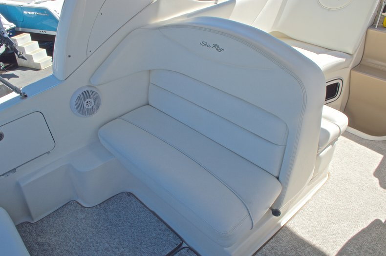 Thumbnail 16 for Used 2005 Sea Ray 280 Sundancer boat for sale in West Palm Beach, FL