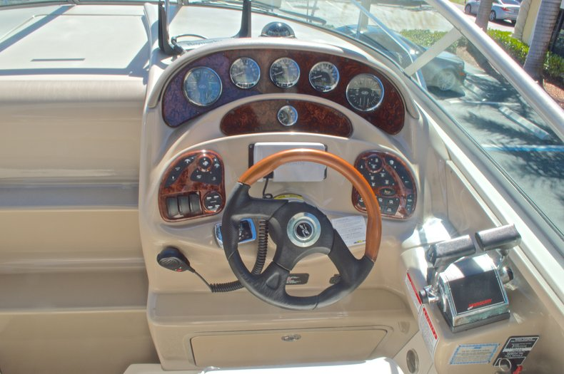 Thumbnail 31 for Used 2005 Sea Ray 280 Sundancer boat for sale in West Palm Beach, FL