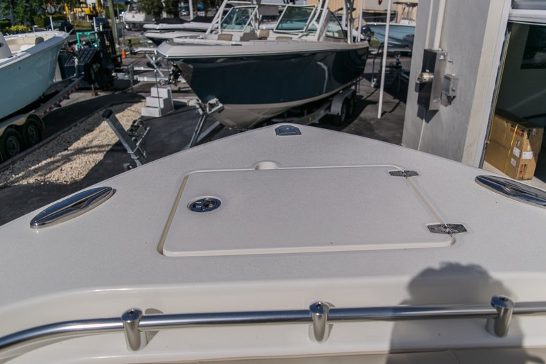 Thumbnail 15 for New 2016 Cobia 277 Center Console boat for sale in West Palm Beach, FL