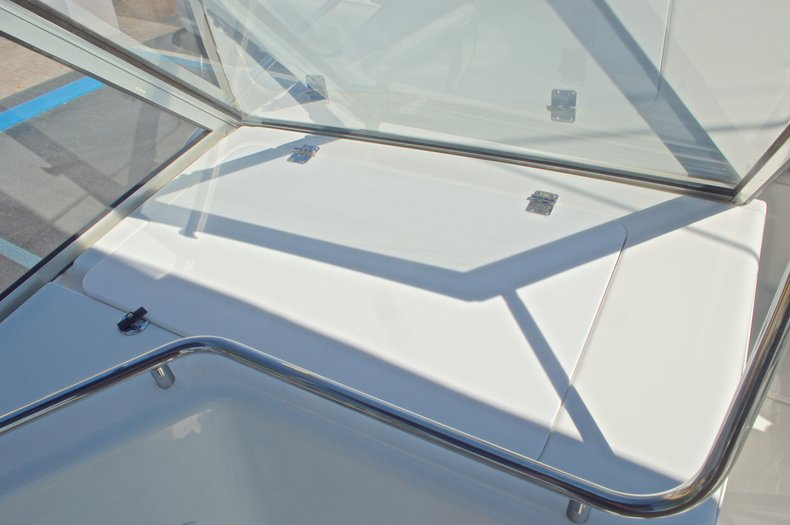 Thumbnail 29 for Used 2000 Aquasport 215 Osprey Sport DC boat for sale in West Palm Beach, FL