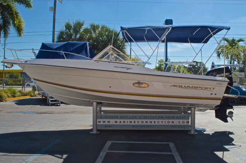 Thumbnail 4 for Used 2000 Aquasport 215 Osprey Sport DC boat for sale in West Palm Beach, FL
