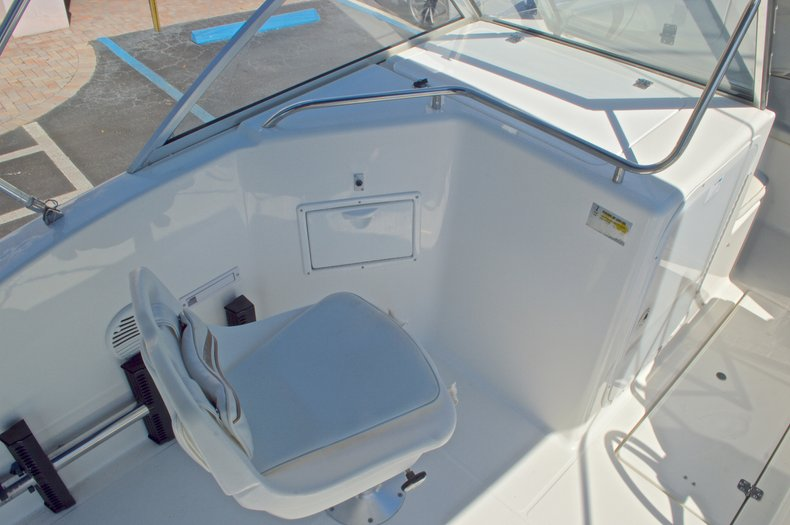 Thumbnail 27 for Used 2000 Aquasport 215 Osprey Sport DC boat for sale in West Palm Beach, FL